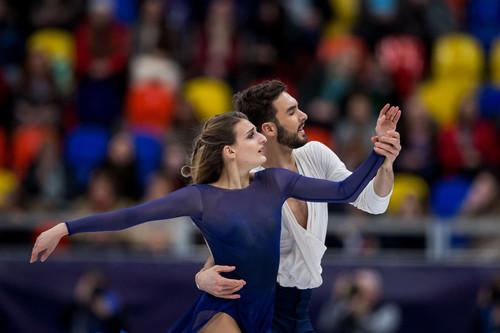 Фигуристы Боброва иСоловьев выиграли серебро чемпионата Европы втанцах нальду